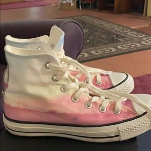 Brand new converse, need good home.